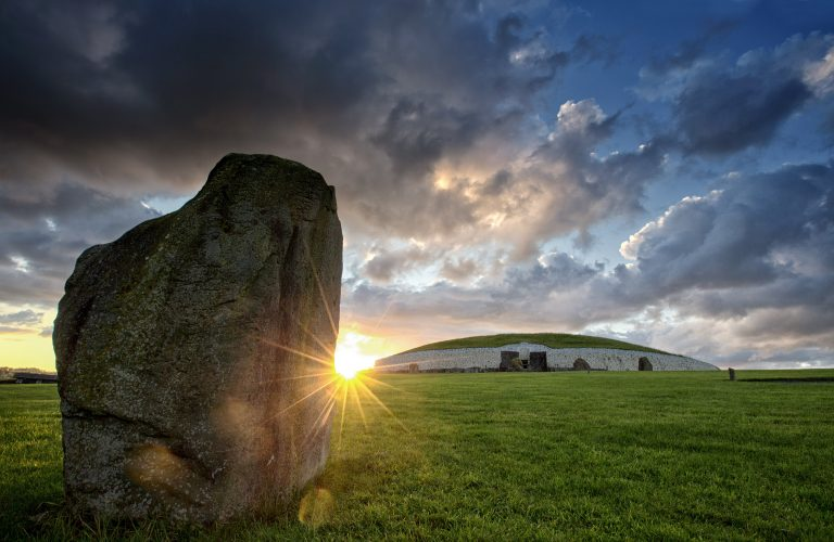 Boyne Valley Newgrange Knowth day tour from Dublin, Day Tours Unplugged
